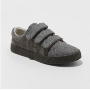 Cat & Jack Boys' Wool Low Top Sneakers